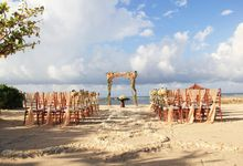 kayumanis nusa dua-beach wedding-peach color theme by Kayumanis Private Villa and Spa