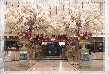 Dekorasi pernikahan bertema Nasional by Nendia Primarasa Catering
