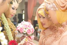 WEDDING FEBRI & AZIM by kamaratih photography
