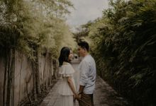 Eko & Vania Pre Wedding Session by AKSA Creative