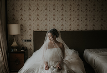 Two in One Look Austin & Stacey by Elsie Chrysila Brides