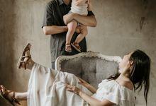 Elvina Family Session by AKSA Creative
