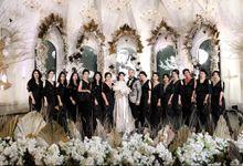 Clutch for bridesmaids at Nyvi-Roy Wedding by Waiwai Clutch