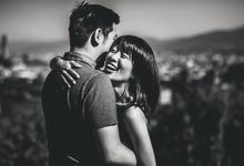 Sunrise Engagement Photo Session in Florence by Francesco Spighi Photography