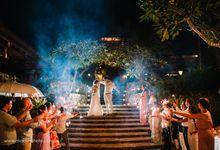 Engagement in Bali | Wedding Four Season Jimbaran | Jaime and Carolina by Maxtu Photography