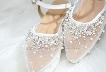 Transaparant with details wedding shoes by Helen Kunu by Kunu Looks