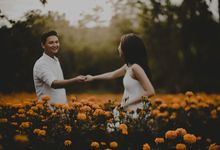 Esther & Sonny Engagement Session by ATIPATTRA