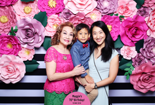 Latest & Greatest by Etched! Photobooth