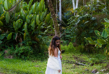 Rush & Anna's Hawaiian Paradise Wedding  by Explore in Love Adventure Wedding Photography