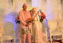 wedding planner by Lizza Tajur memberikan banyak pilihan model kebaya n gaun pengantin dengan design sendiri yg tidak mengikuti model yg lain by Lizza Wedding Organizer