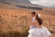 Wedding gown for rent by Elle's Fashion Gallery