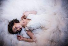 Korean Fashion Bride Shooting by EESHA KE