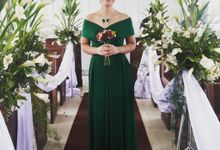 Made-to-Measure Emerald Bridesmaid Dress by Belle en Blanc Bespoke Bridal
