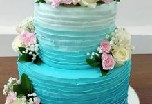 Wedding Cake Served at  Fantasy Wedding Chapel by Henny Cookies and Cakes, Bali