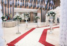 Pernikahan di Orchardz Hotel Jakarta by Guns Production