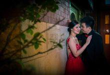 Triyadi + Olivia - Engagement Photos by Spotlite Photography