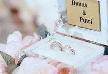 Engagement Putri  & Dimas - Bg Phodeo by Bg Phodeo
