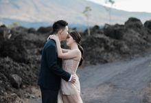 The Prewedding of Teresya & Liu by Amorphoto