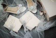 The Wedding of Hellen & Alex by Amorphoto