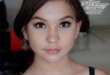 Fifi Huang Makeup by Fifi Huang Makeup