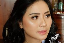 Photoshoot Makeup & Hairdo by Fifi Huang by Fifi Huang Makeup