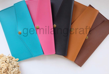 Premium material luxury pouch by Gemilang Craft