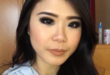 Bridesmaid makeup by Hannah Sherly