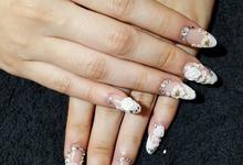 Aris and Cindy Wedding Nails by Vinna Christina Wedding Nails
