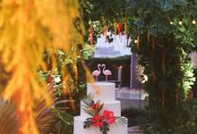 Lush Tropical Garden at Shinji & Stefi Wedding by Papertree Decor
