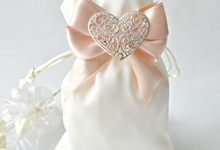 Wedding favor bags by Jasmine wedding prints