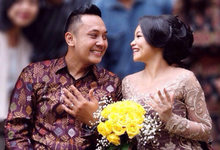 Flower Engagement by Benangsari Flower Studio