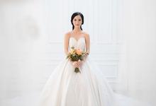 Wedding photoshoot by Devina Hakim