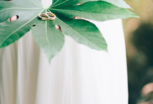 Beautiful Botanical Wedding by Claudia Willows Photography