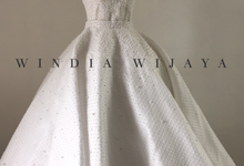 The pearls lady with two faces by windia wijaya