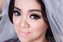 Le bride by Vidi Daniel Makeup Artist managed by Andreas Zhu