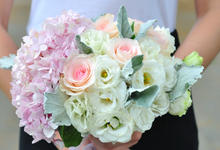 Wedding florals by Flower Collective