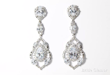 Bridal Earrings by BRIDE GLAMOR LLC