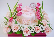 Flowerbox with cake by P.S.Bloomshop