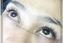 Eyelash extensions  by Glowingbylyn