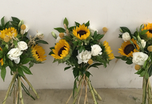 Rustic yellow by Fairy floral