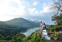 Hendra & anna pre wedding by Rudhia Salon & Photography