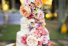 Flower Wedding Cake by K.pastries
