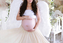 Makeup for maternity photoshoot by Stella Nadia MUA