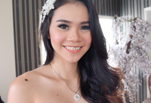 Ms Hanny for Wusisters Bridal, by jhvstudios by Florence Aryanto