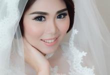 Wedding of Nodorvo and Agnes by Vidi Daniel Makeup Artist managed by Andreas Zhu