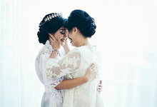 Surya and Grace tying knot by Vermount Photoworks