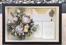 Perserved Monochrome bouquet by CONSERVÉ FLOWER PRESERVATION