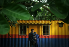 Story of prewedding : Yuni & Muklis by glamour photography