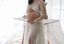 Maternity by Atelier de Marièe