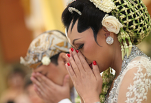 Ranie & Ridho ' s  wedding by Dewanti weddings